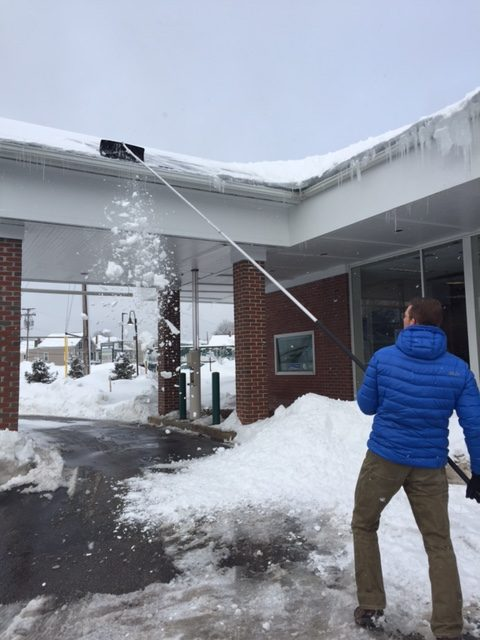 How To Remove An Ice Dam From Your Roof Blog Noyes